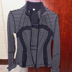 Lululemon jacket - size 4